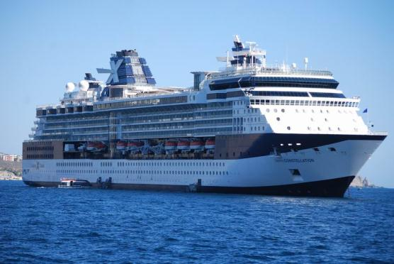 Celebrity Constellation em Ponta Delgada, …